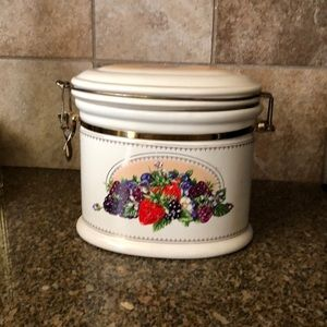 knotts berry farm Kitchen - knotts berry farm fruit berries canister ceramic
